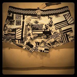 """Versace """"old -new school"""" look Boxer trunks 🔥🔥🔥"""